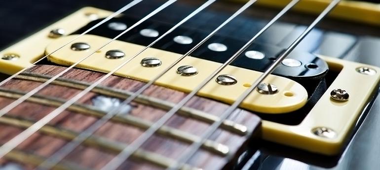 Entretien, réparation et ajustement de guitares électriques sur la rive-sud